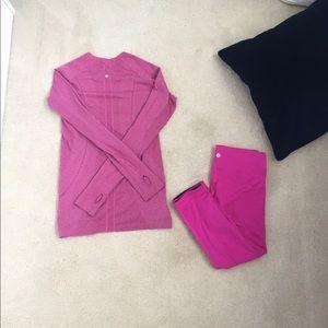 Lululemon set (leggings are reversible)